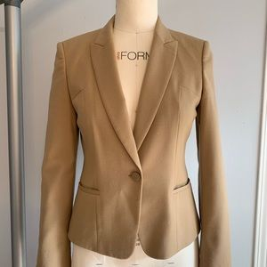 HUGO BOSS camel wool blazer. Fully lined.